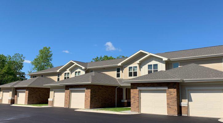 townhouses in pleasant prairie, pleasant prairie townhomes, family apartments in pleasant prairie