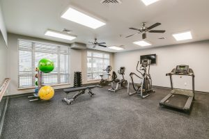senior living apartments in kenosha, kenosha senior apartments, eva manor fitness center