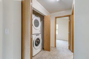 senior apartments in pleasant prairie, senior apartment washer and dryer